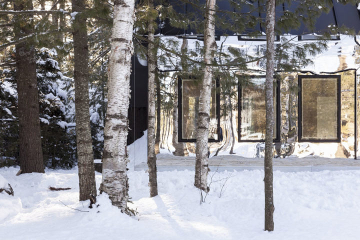 iGNANT-Architecture-UUfie-The-Lake-Cottage-03