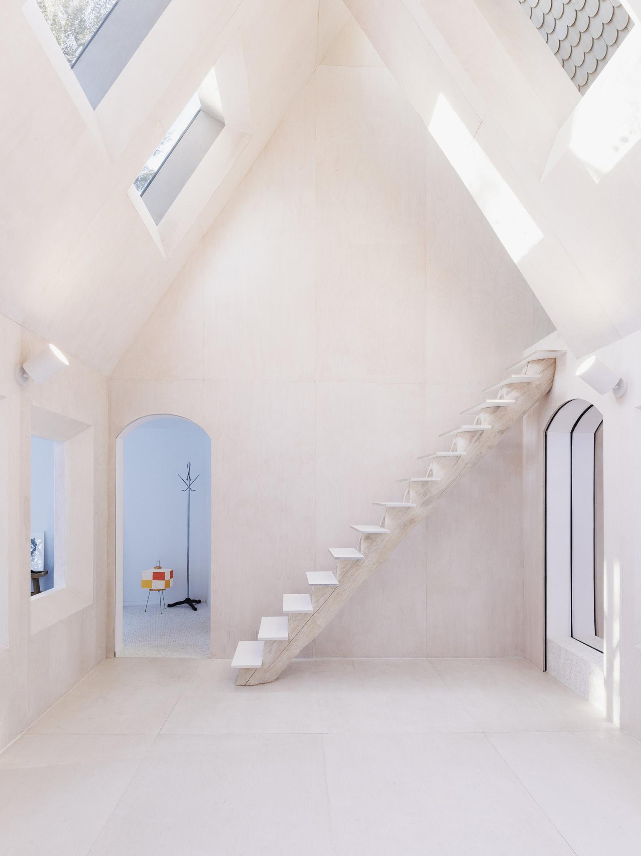 iGNANT-Architecture-UUfie-The-Lake-Cottage-12