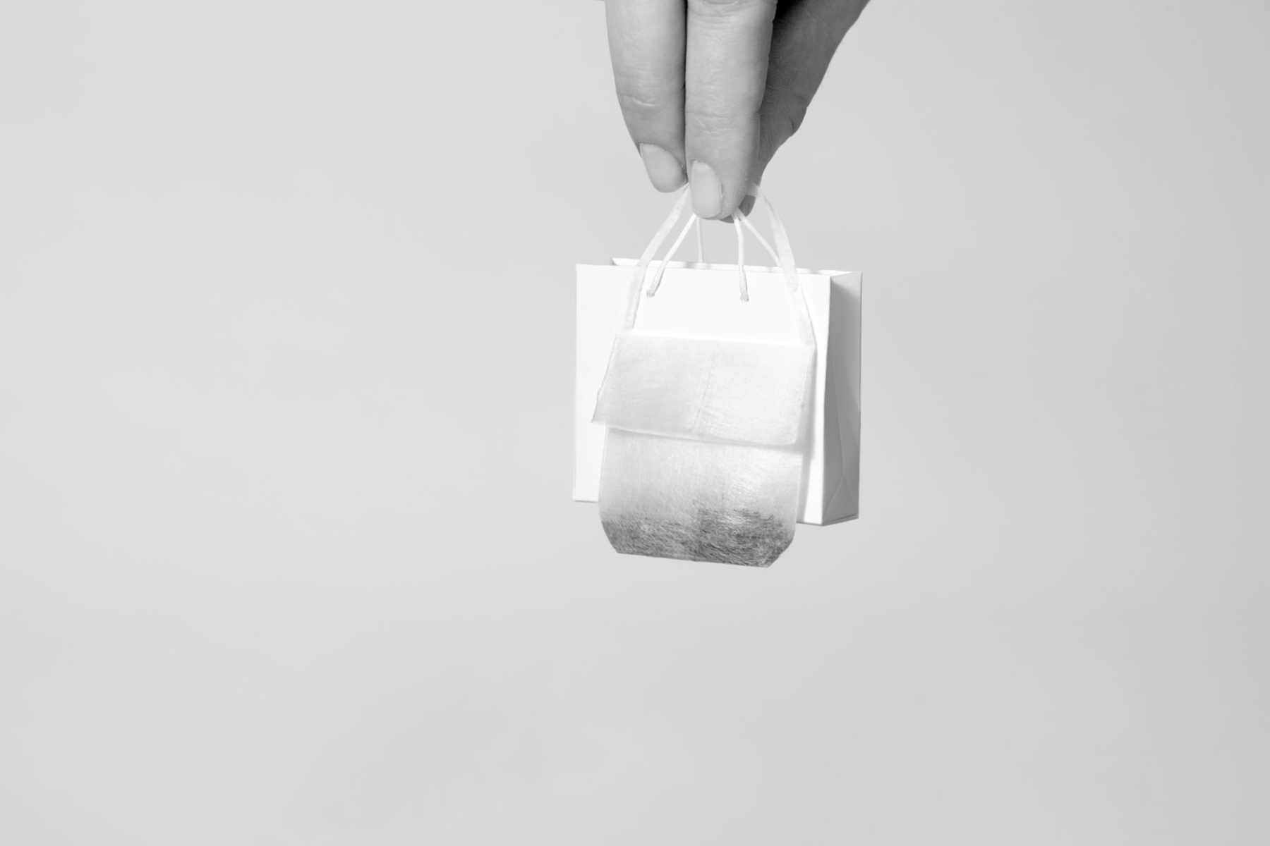 iGNANT-Design-Halssen-&-Lyon-Ayzit-Bostan-The-Teabag-Collection-05