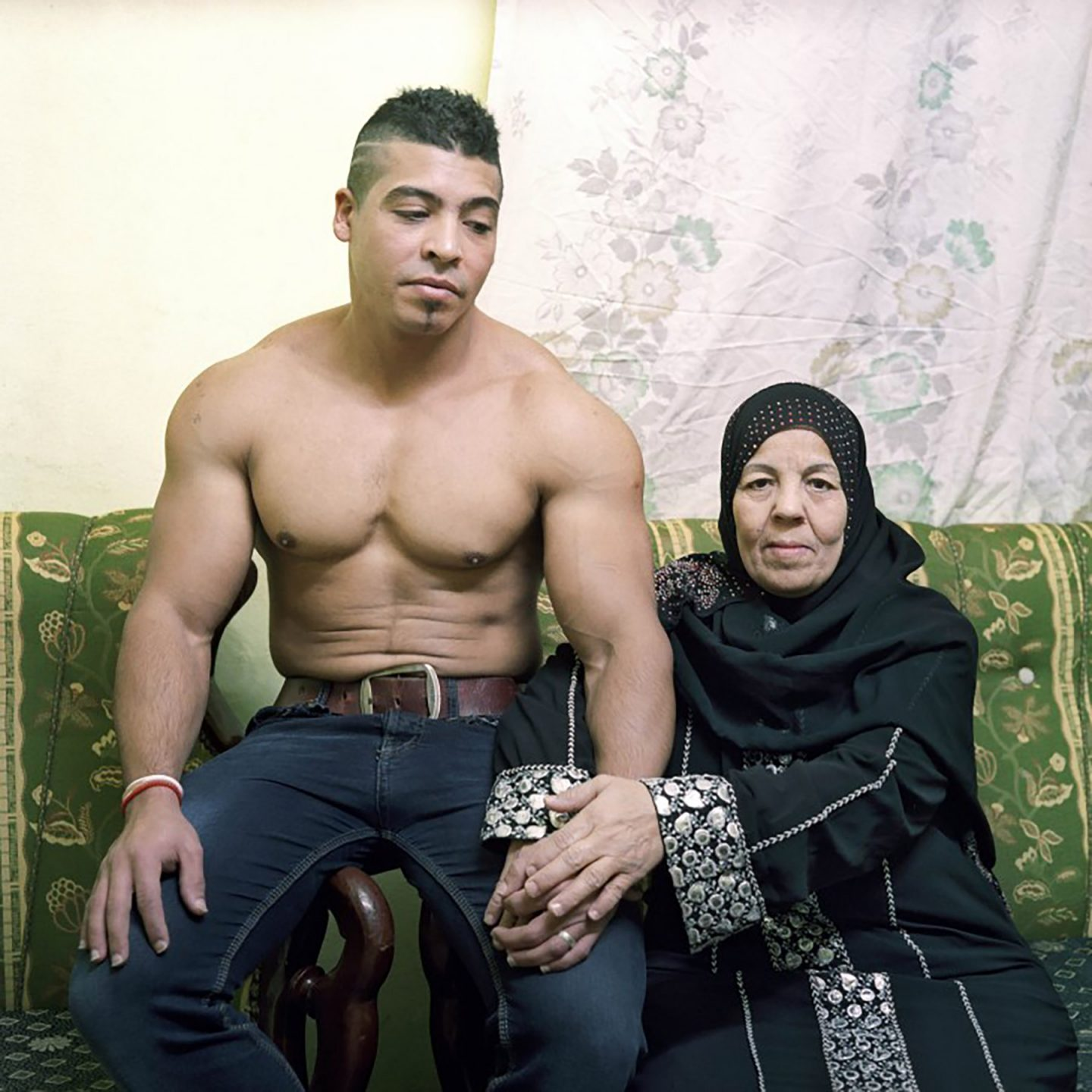 iGNANT-Photography-Denis-Dailleux-Egypt-Mother-And-Son-04