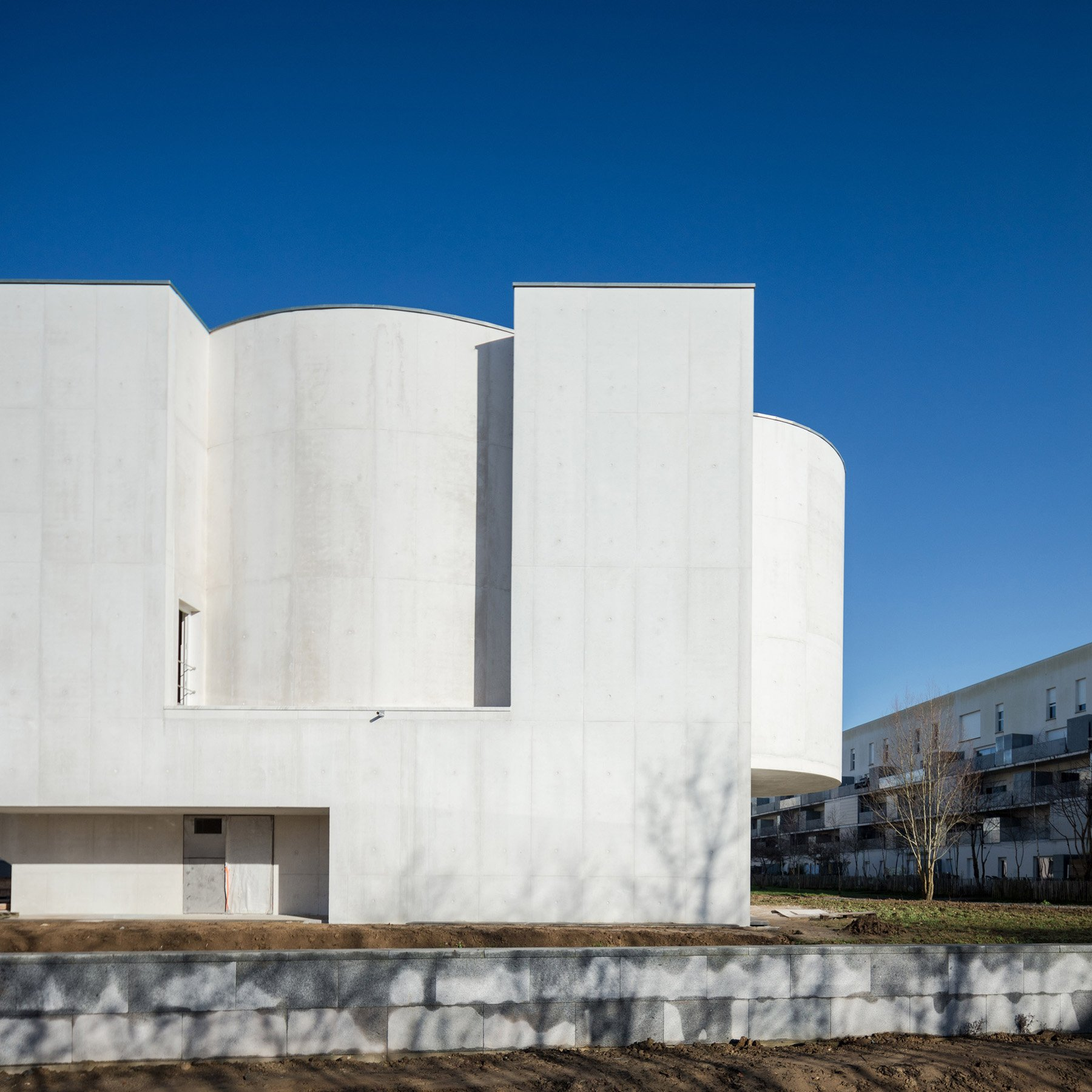 iGNANT-Architecture-Alvaro-Siza-Brittany-Church-011