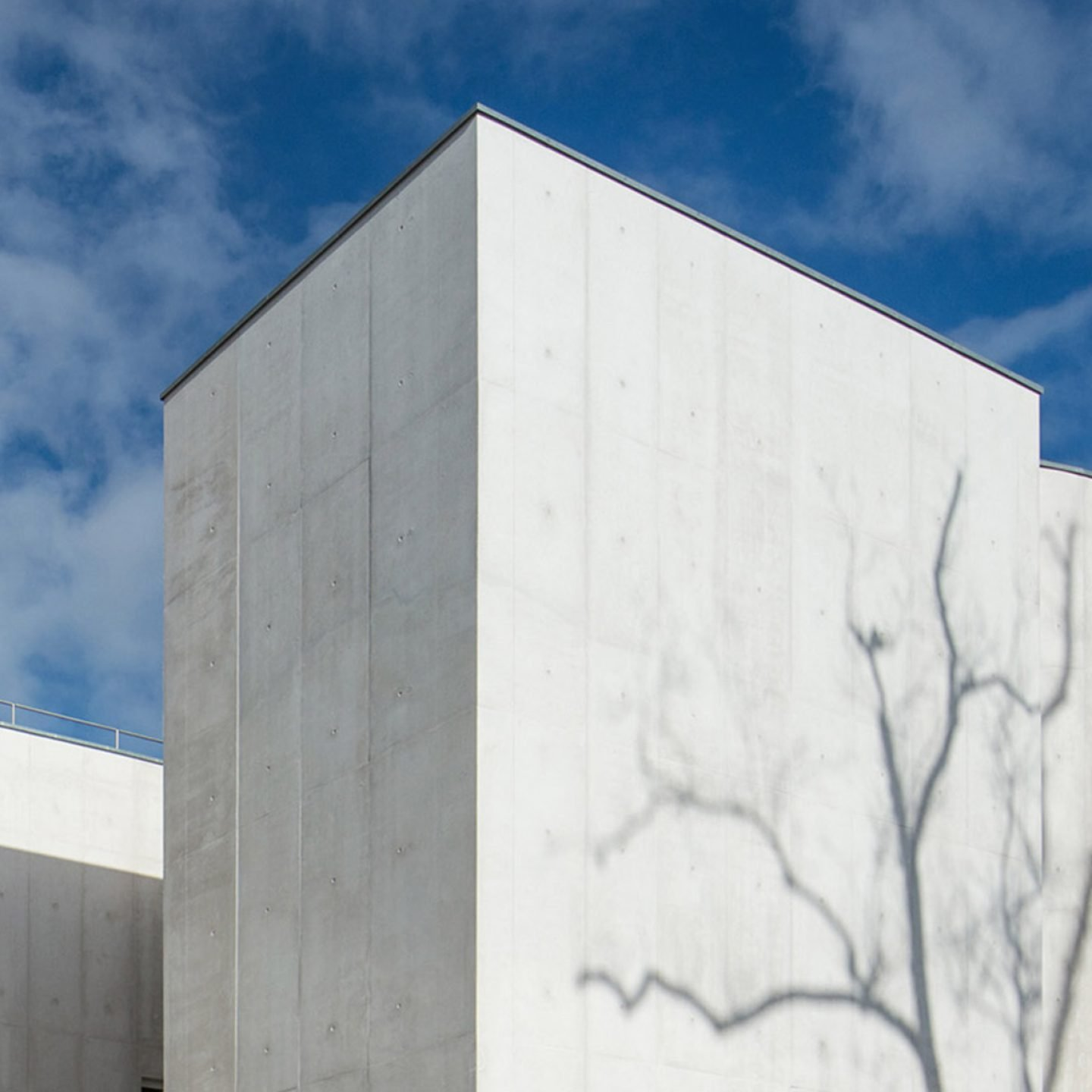 iGNANT-Architecture-Alvaro-Siza-Church-Cover-001