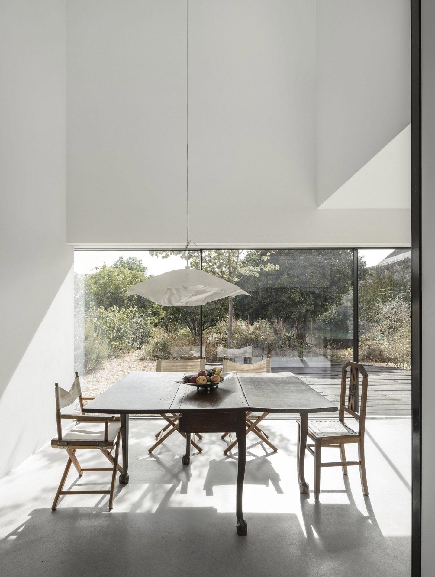 iGNANT-Architecture-ExtraStudio-Converted-Winery-005