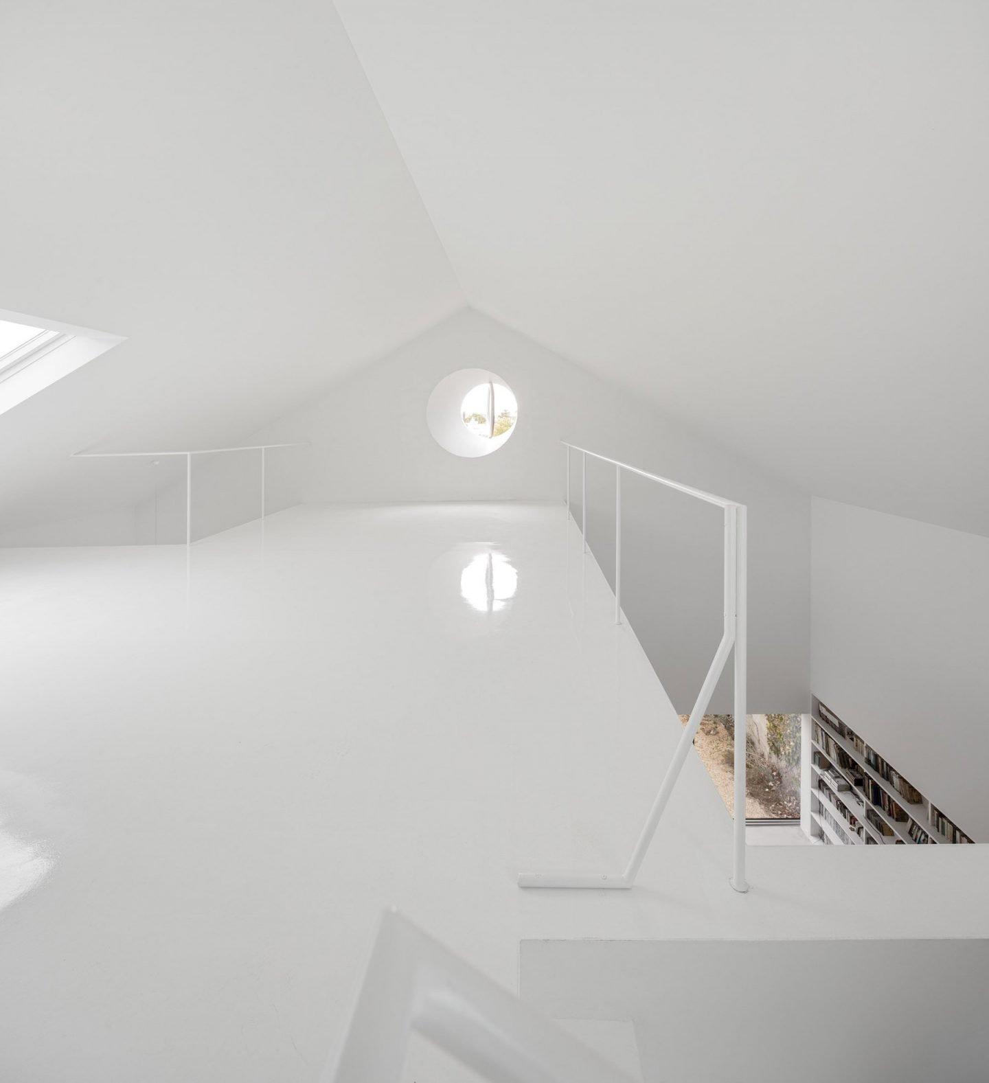 iGNANT-Architecture-ExtraStudio-Converted-Winery-007