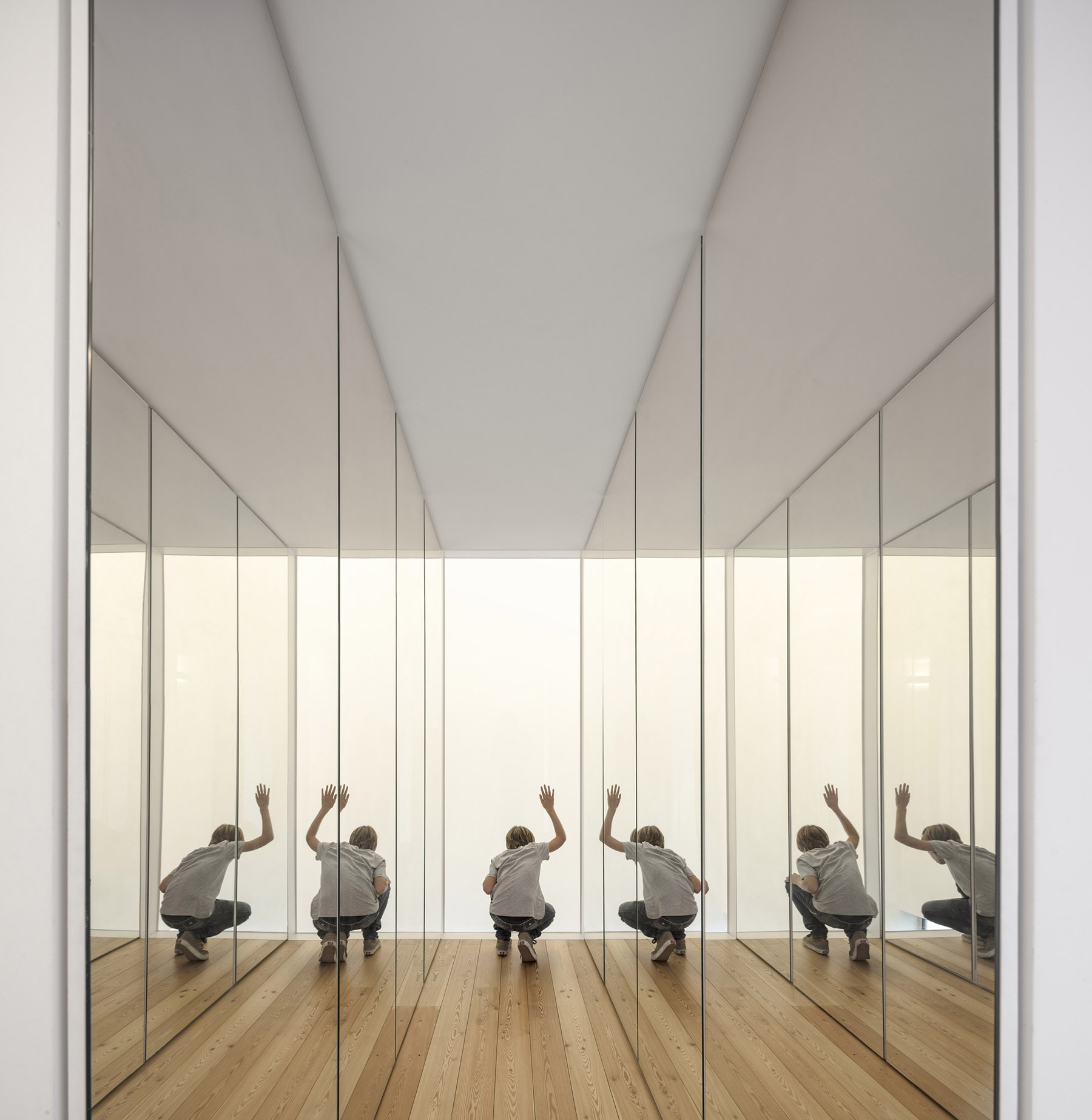 iGNANT-Architecture-ExtraStudio-Converted-Winery-010