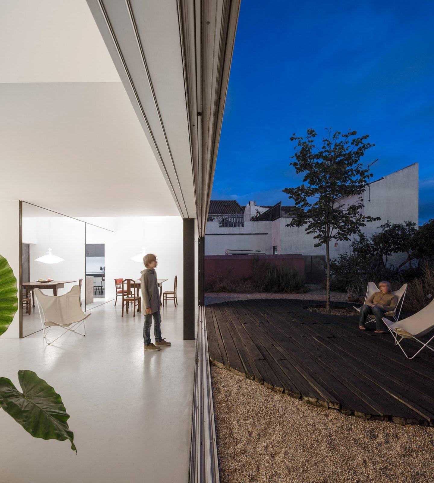 iGNANT-Architecture-ExtraStudio-Converted-Winery-013