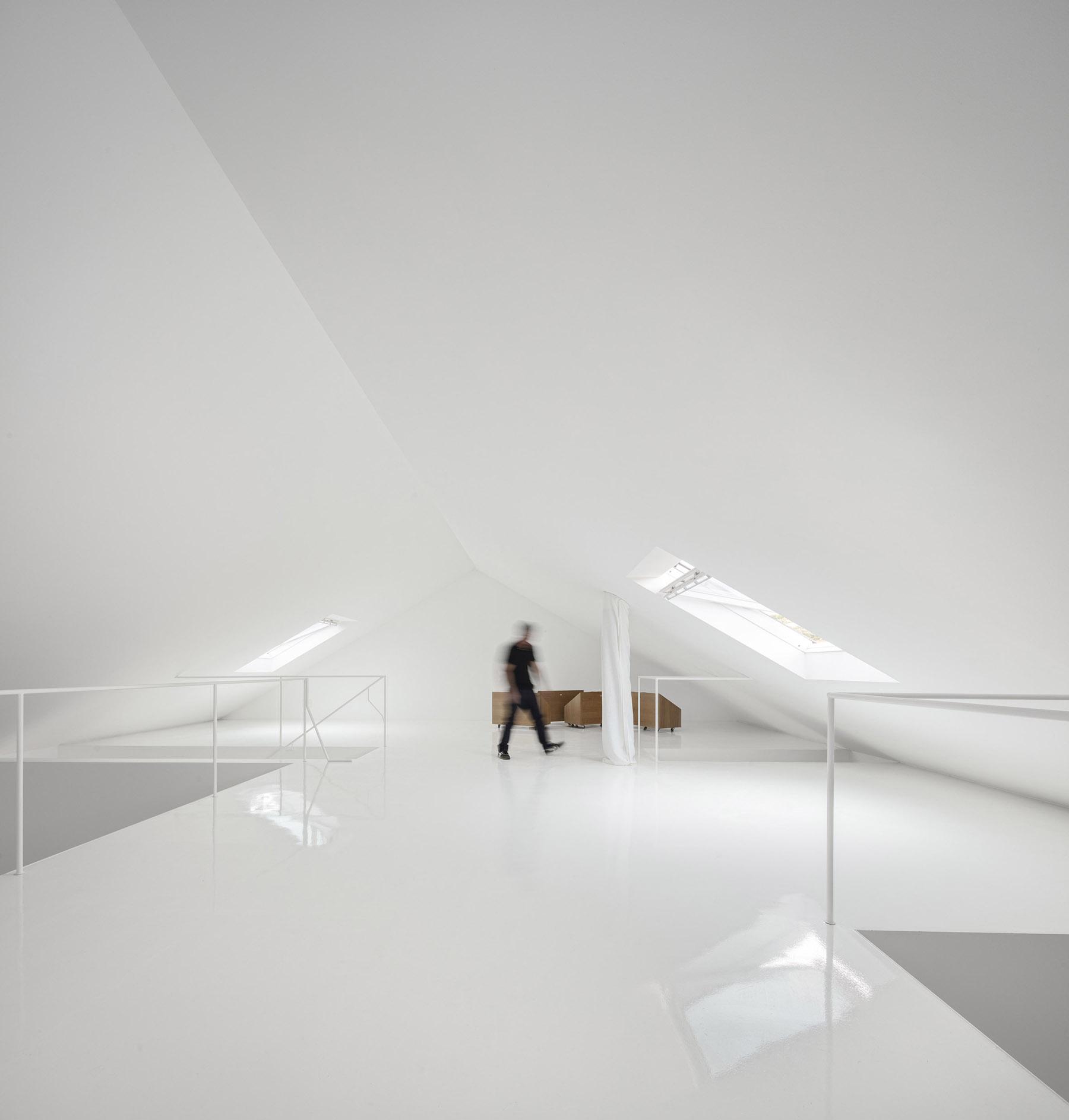 iGNANT-Architecture-ExtraStudio-Converted-Winery-020