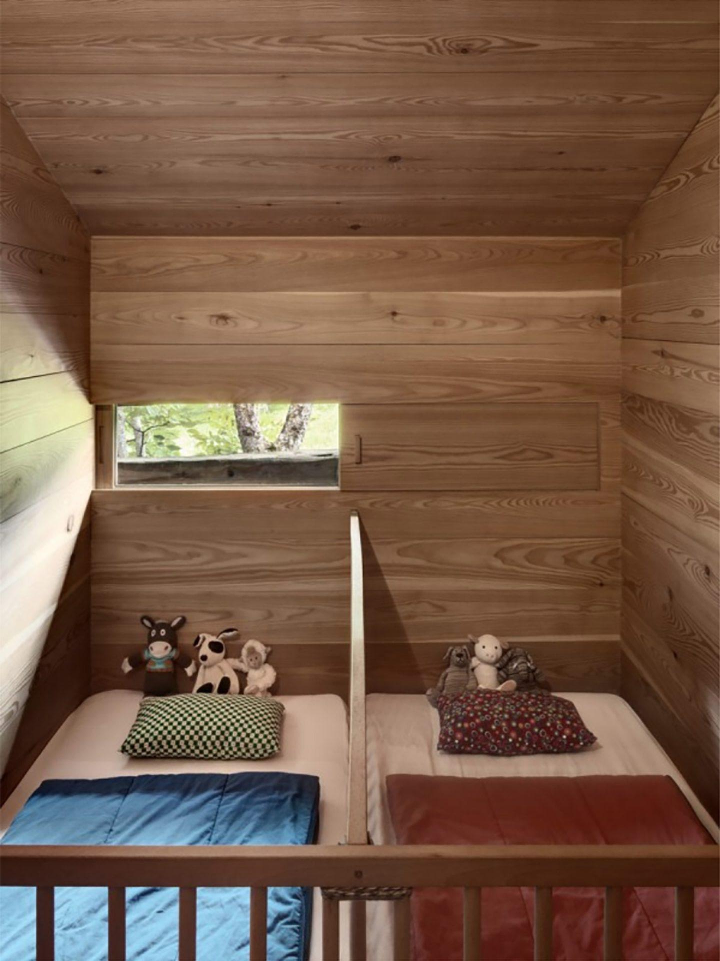 iGNANT-Architecture-Rapin-Saiz-Sarreyer-Cabin-10