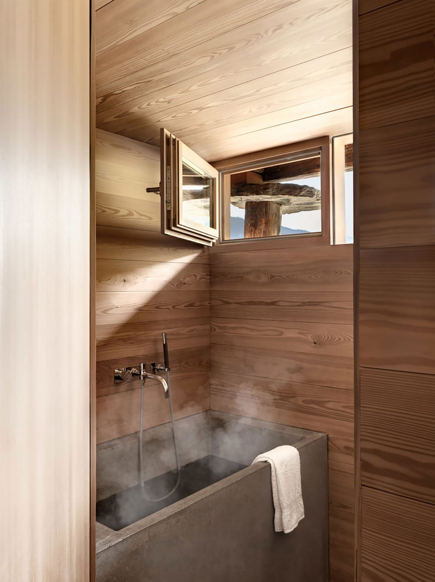 iGNANT-Architecture-Rapin-Saiz-Sarreyer-Cabin-27