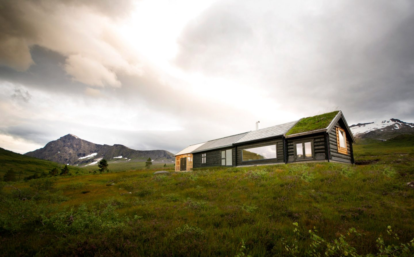iGNANT-Architecture-Rever-Drage-Architects-Cabin-House-Sunndal-002