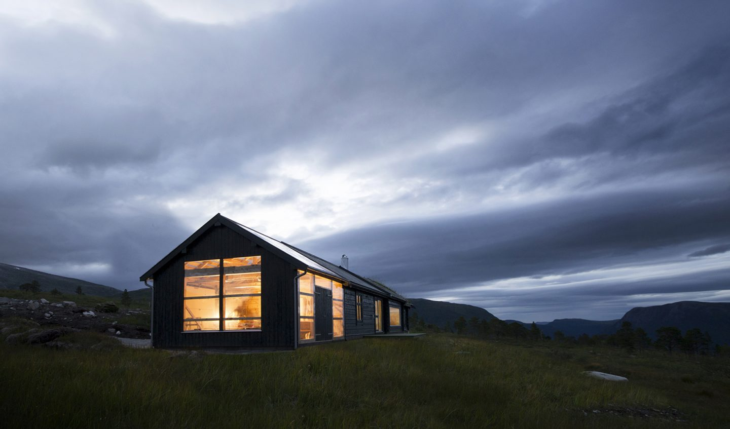 iGNANT-Architecture-Rever-Drage-Architects-Cabin-House-Sunndal-013
