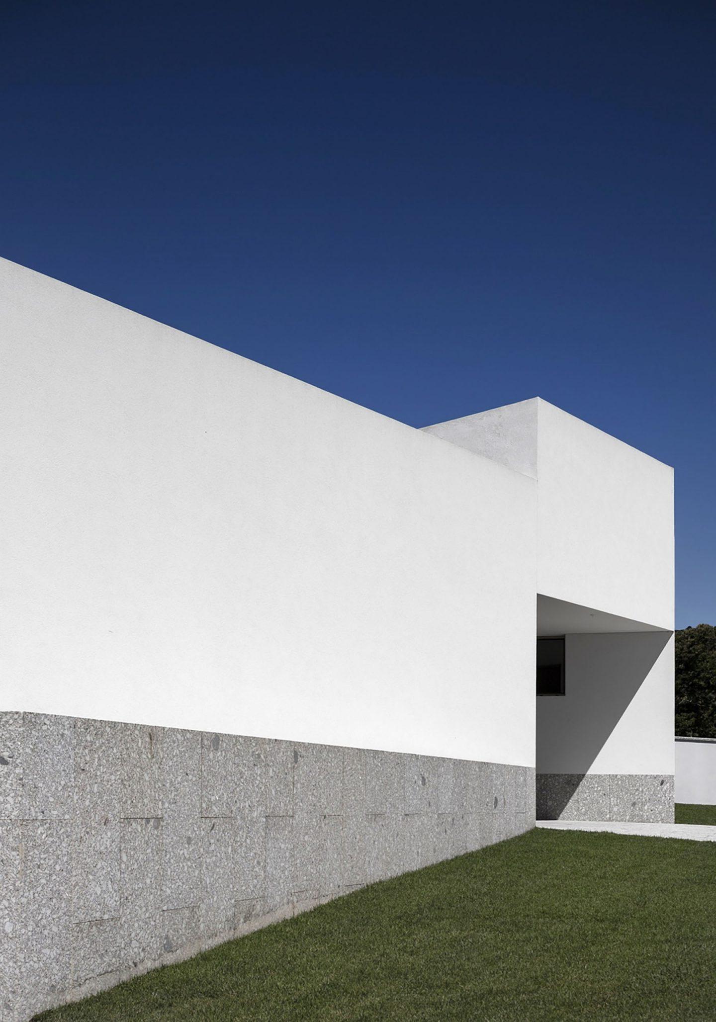 iGNANT-Architecture-Rue-Vieira-Oliveira-Brunhais-House-27