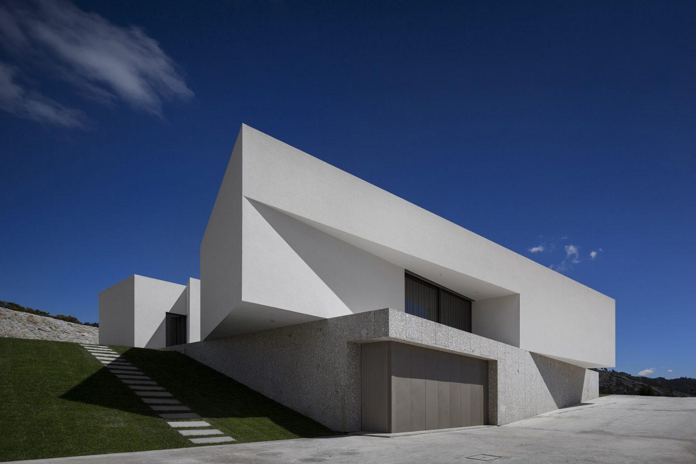 iGNANT-Architecture-Rue-Vieira-Oliveira-Brunhais-House-30