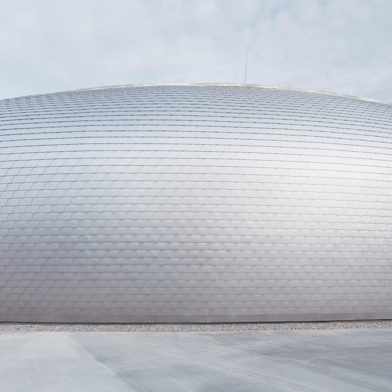 iGNANT-Architecture-Sporadical-Sportovní-Hala-Dolní-Brezany-Cover-001
