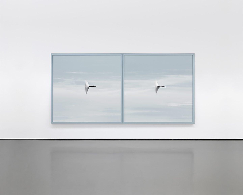 iGNANT-Art-Andrea-Galvani-Ilevando-Una-Pepita-De-Oro-A-La-Velocidad-Del-Sonido-04
