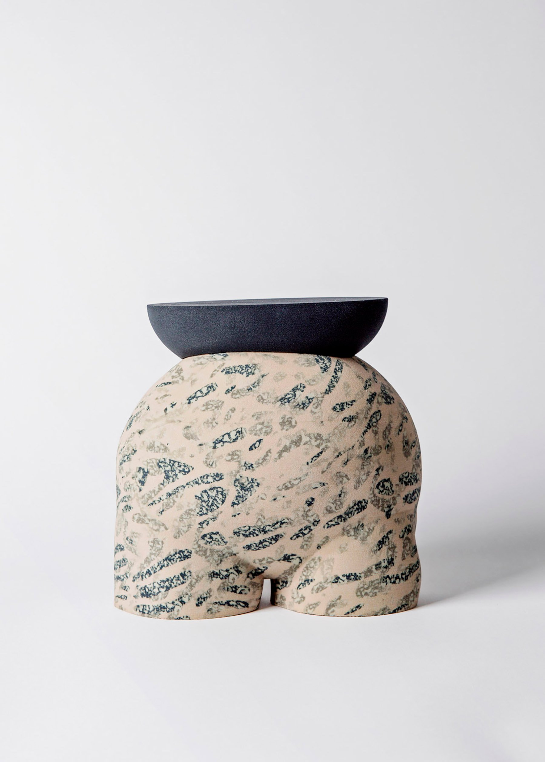iGNANT-Design-Wang-Söderström-Table-101-010