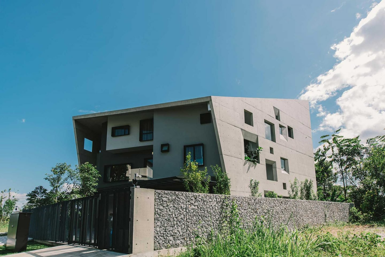iGNANT-Architecture-Formzero-Window-House-02