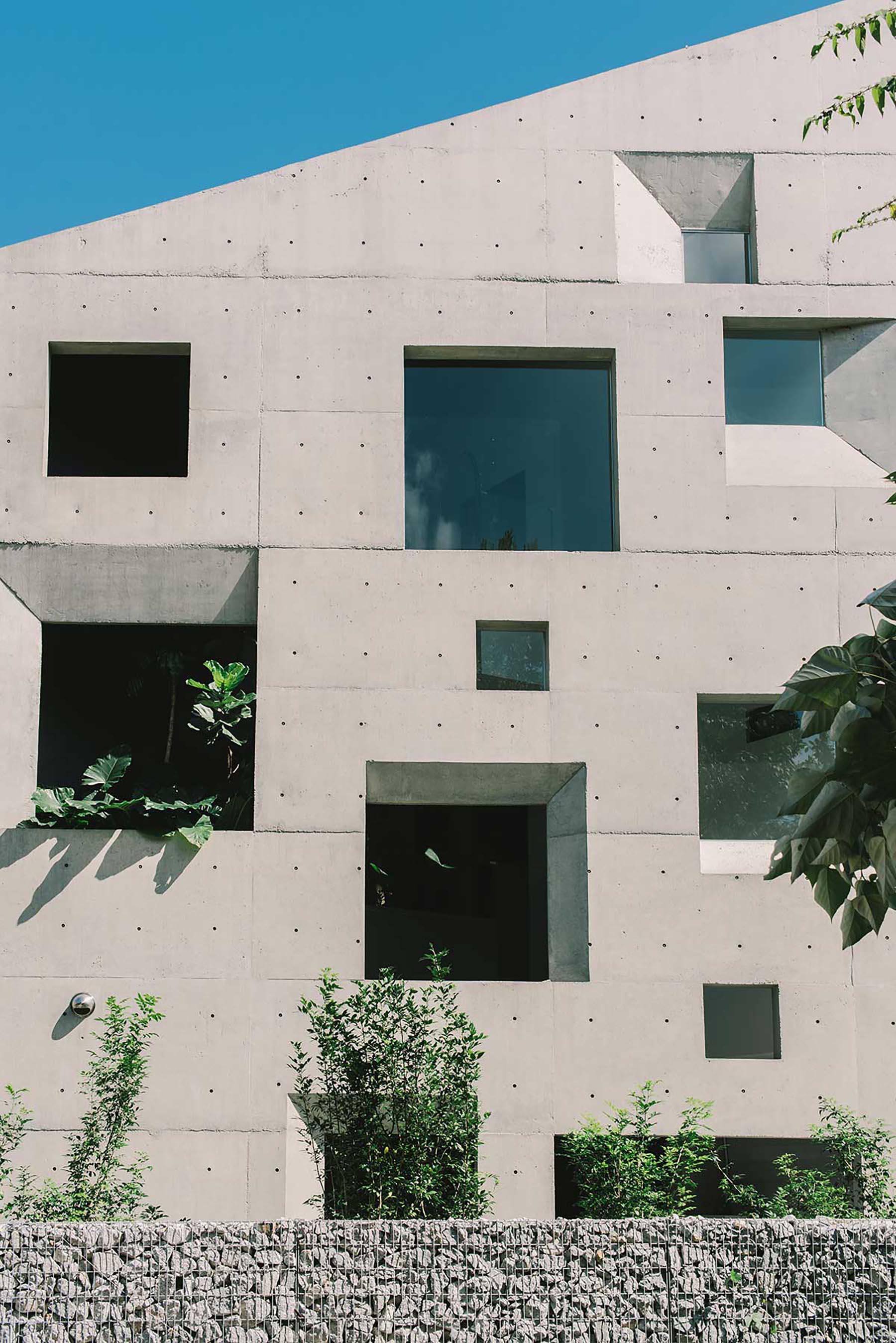iGNANT-Architecture-Formzero-Window-House-06