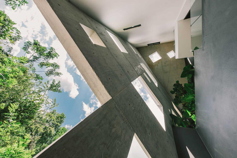 iGNANT-Architecture-Formzero-Window-House-15