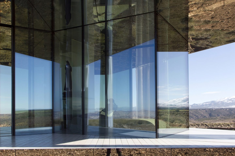 iGNANT-Architecture-Glass-Pavilion-Ofis-Arhitekti-003