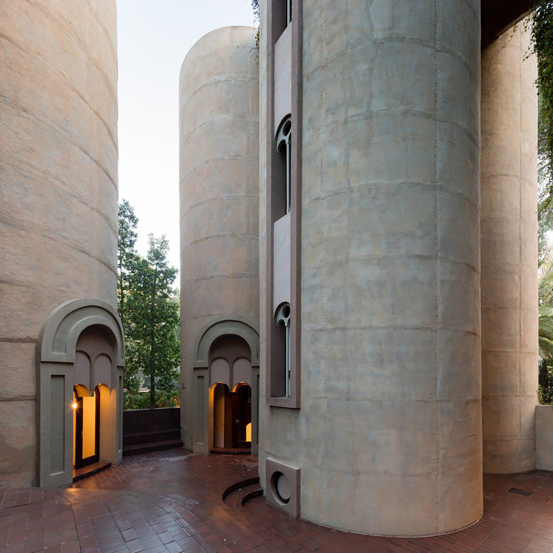 iGNANT-Architecture-Ricardo-Bofill-Cement-Factory-003