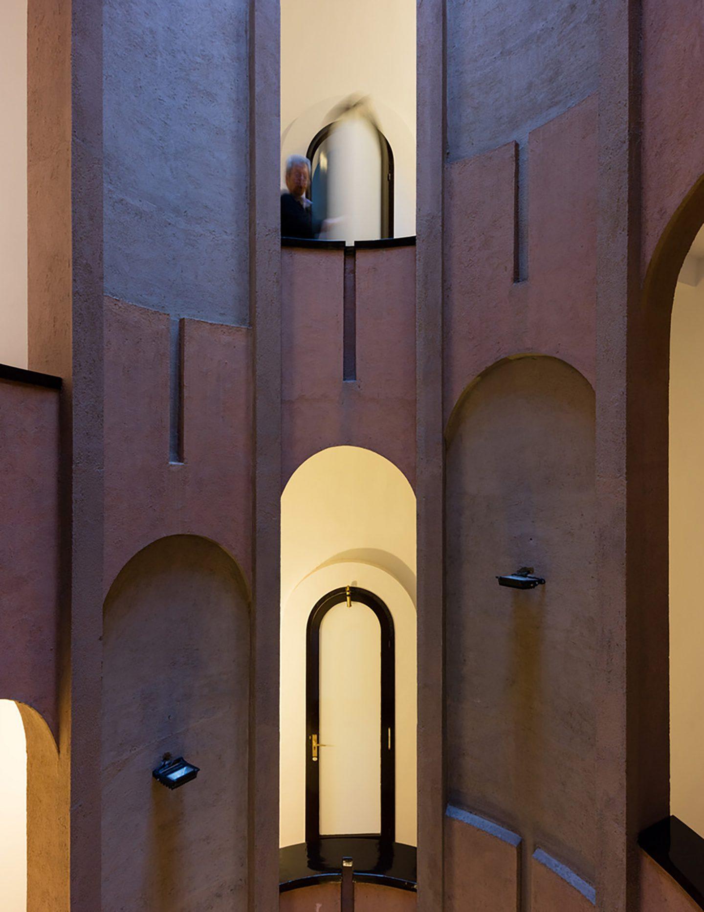 iGNANT-Architecture-Ricardo-Bofill-Cement-Factory-005