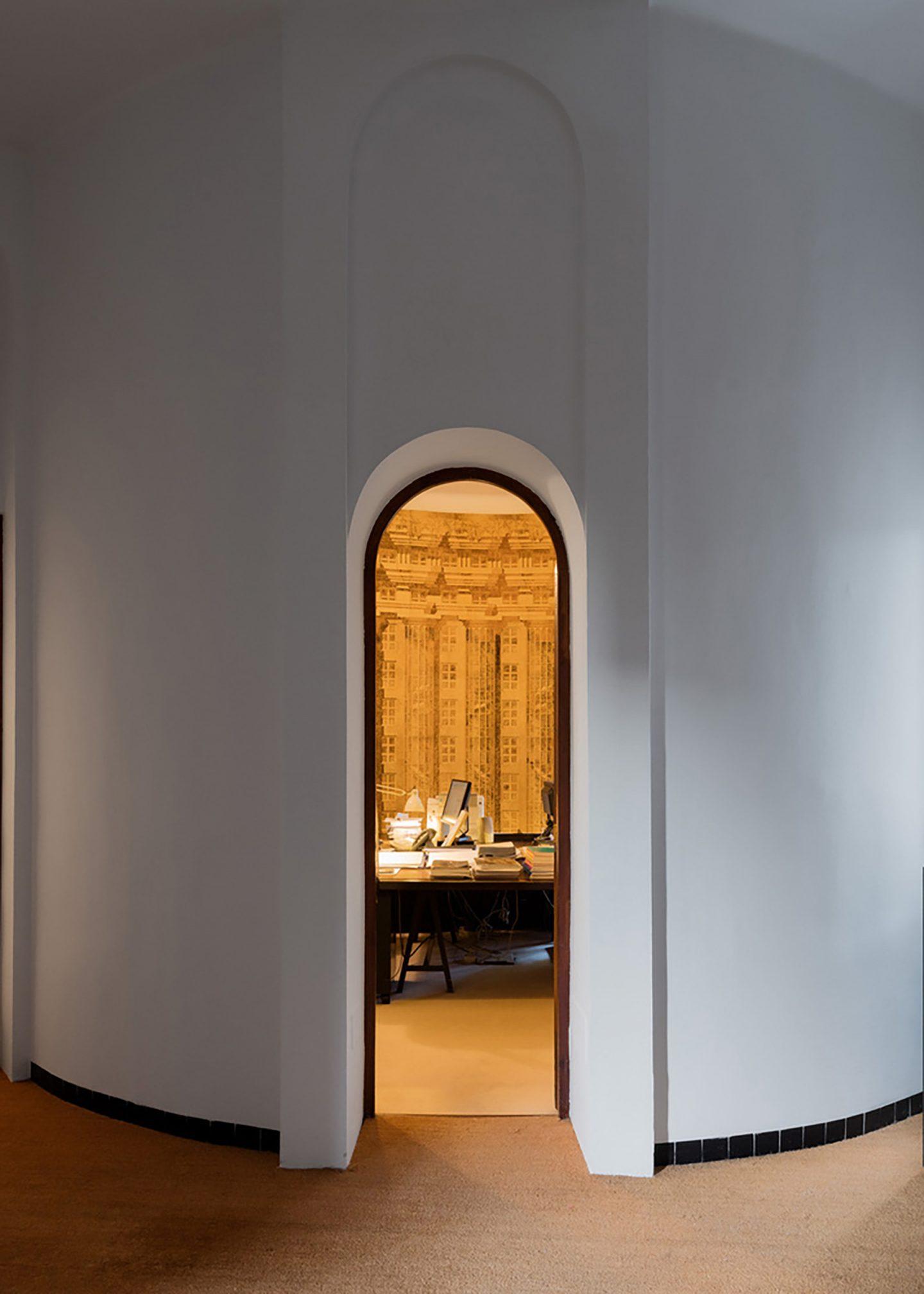 iGNANT-Architecture-Ricardo-Bofill-Cement-Factory-007