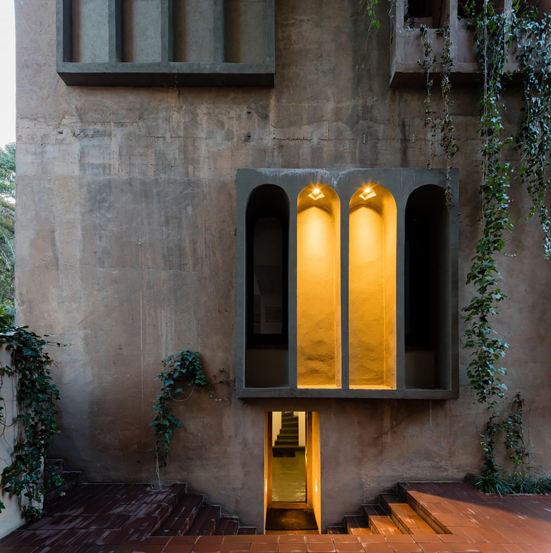 iGNANT-Architecture-Ricardo-Bofill-Cement-Factory-010