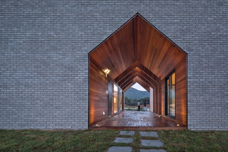 iGNANT-Architecture-Rieuldorang-Atelier-Manhwaricano-House-25