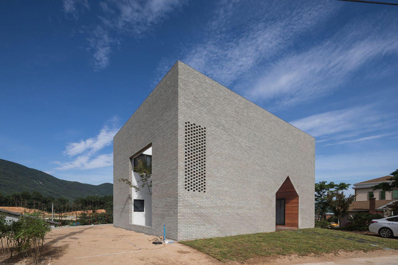 iGNANT-Architecture-Rieuldorang-Atelier-Manhwaricano-House-28