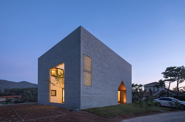 iGNANT-Architecture-Rieuldorang-Atelier-Manhwaricano-House-29
