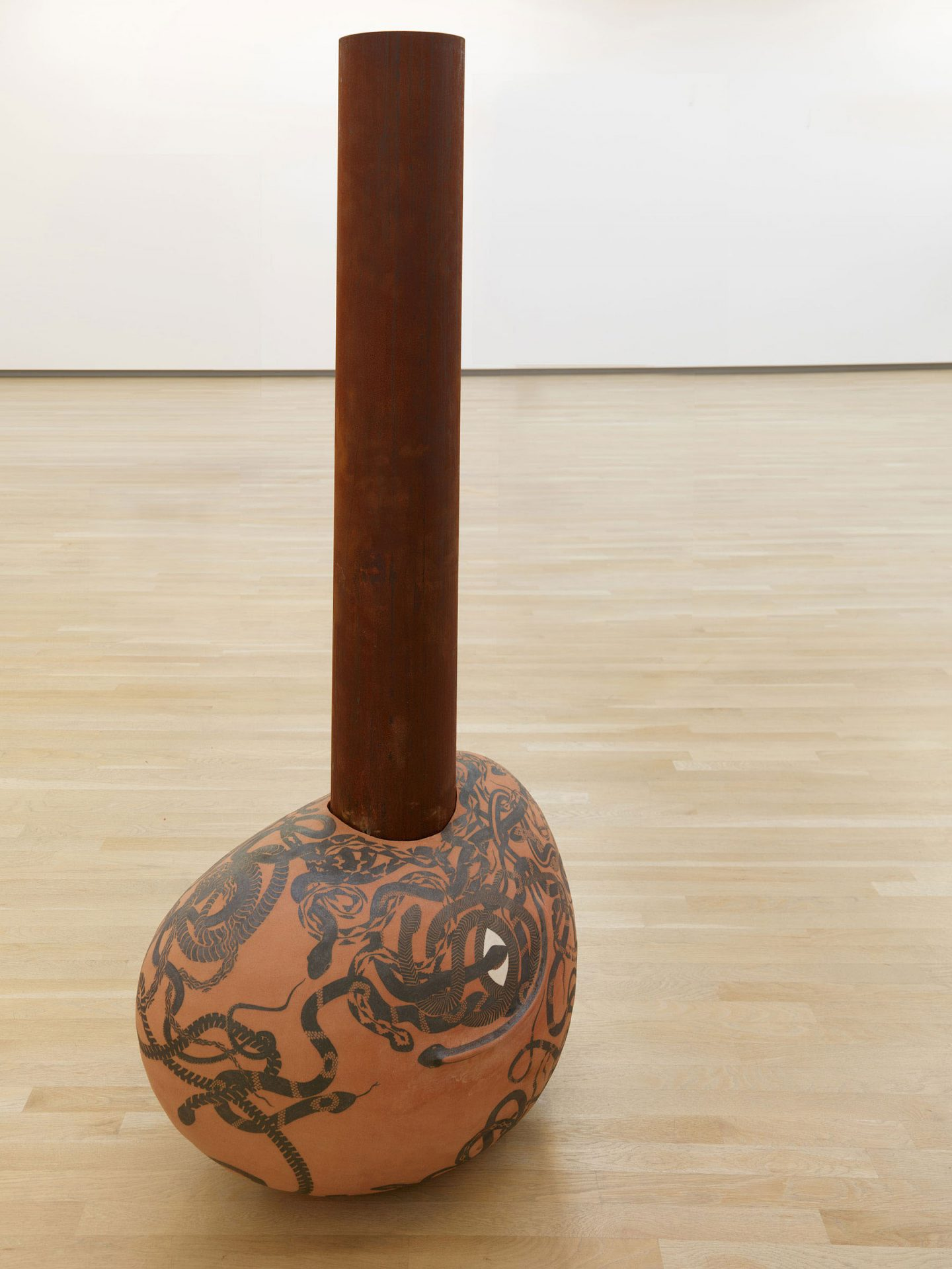 iGNANT-Art-Cammie-Staros-Sculpture-15