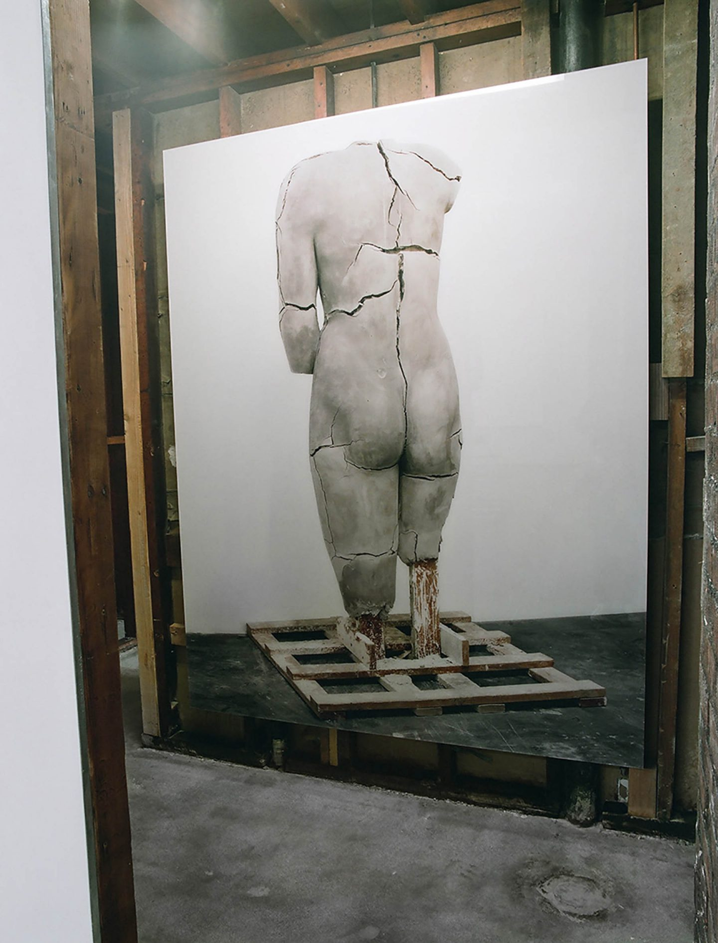 iGNANT-Art-Vanessa-Beecroft-Pio-Pico-03