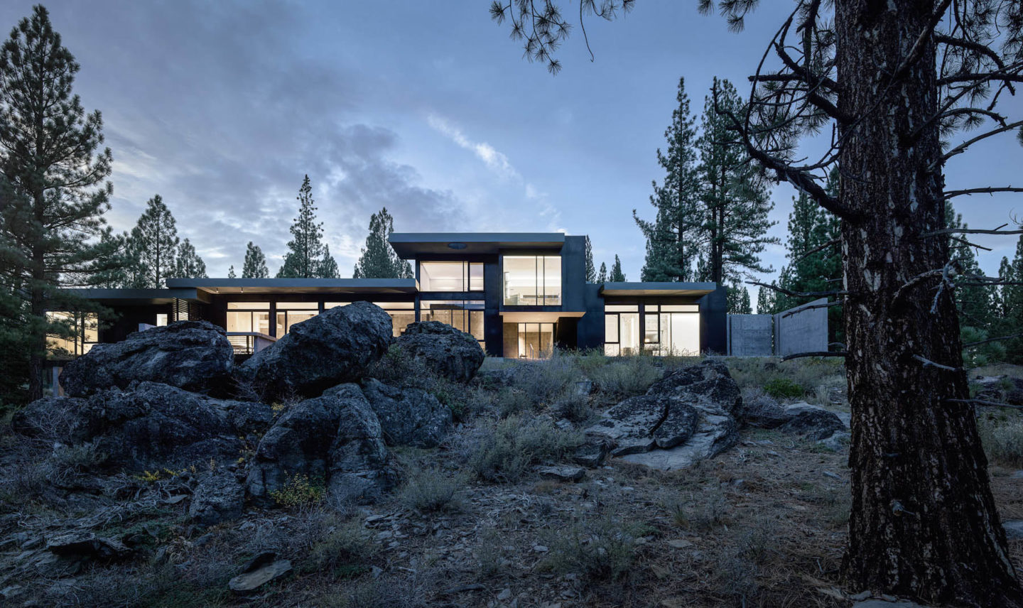 iGNANT-Architecture-Faulkner-Architects-Creek-House-16