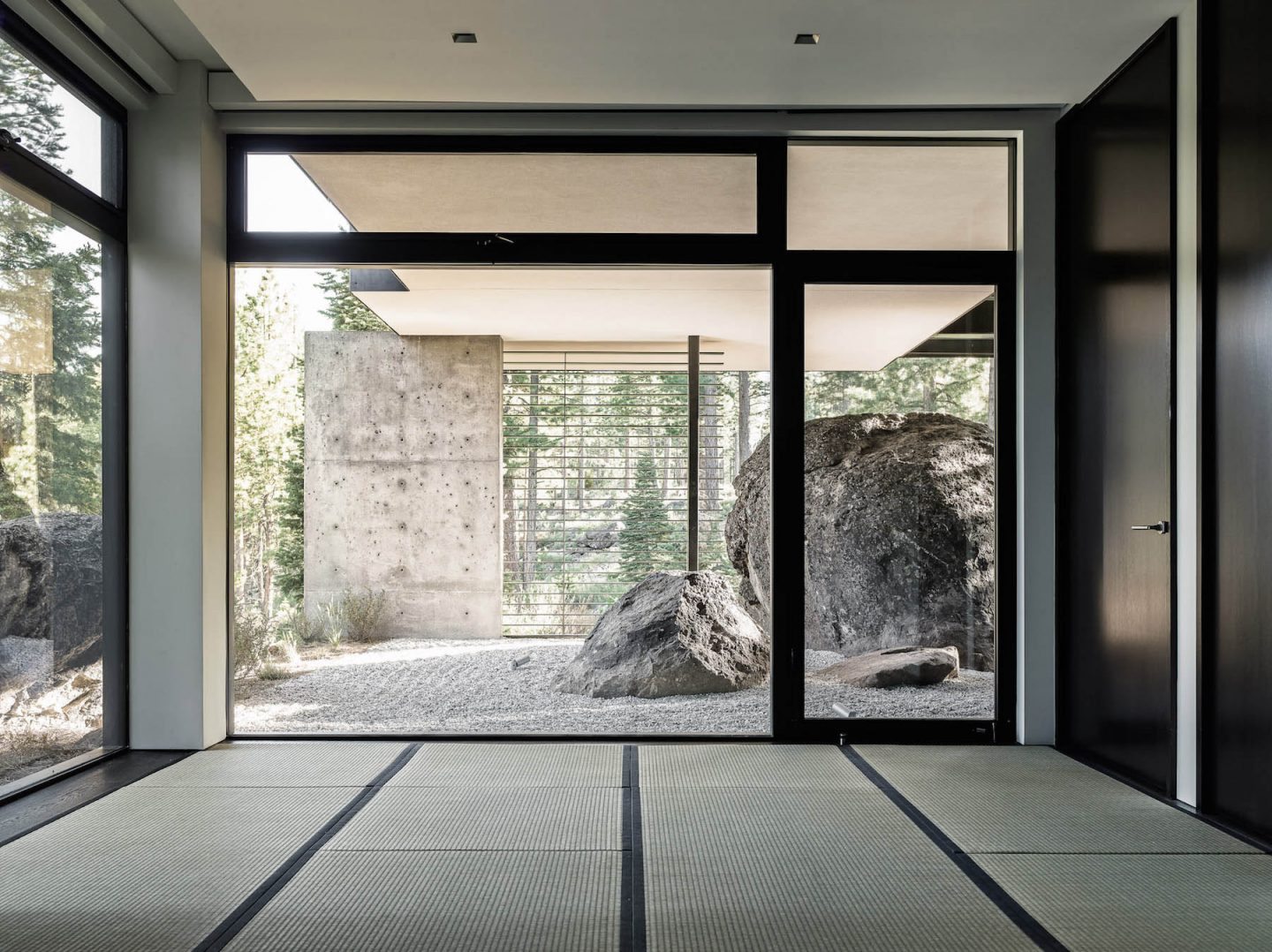 iGNANT-Architecture-Faulkner-Architects-Creek-House-25