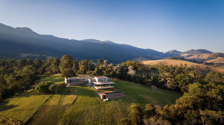 iGNANT-Architecture-Felipe-Rodrigues-Moenda-House-009