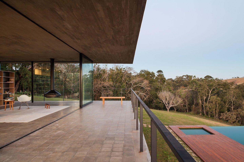 iGNANT-Architecture-Felipe-Rodrigues-Moenda-House-014