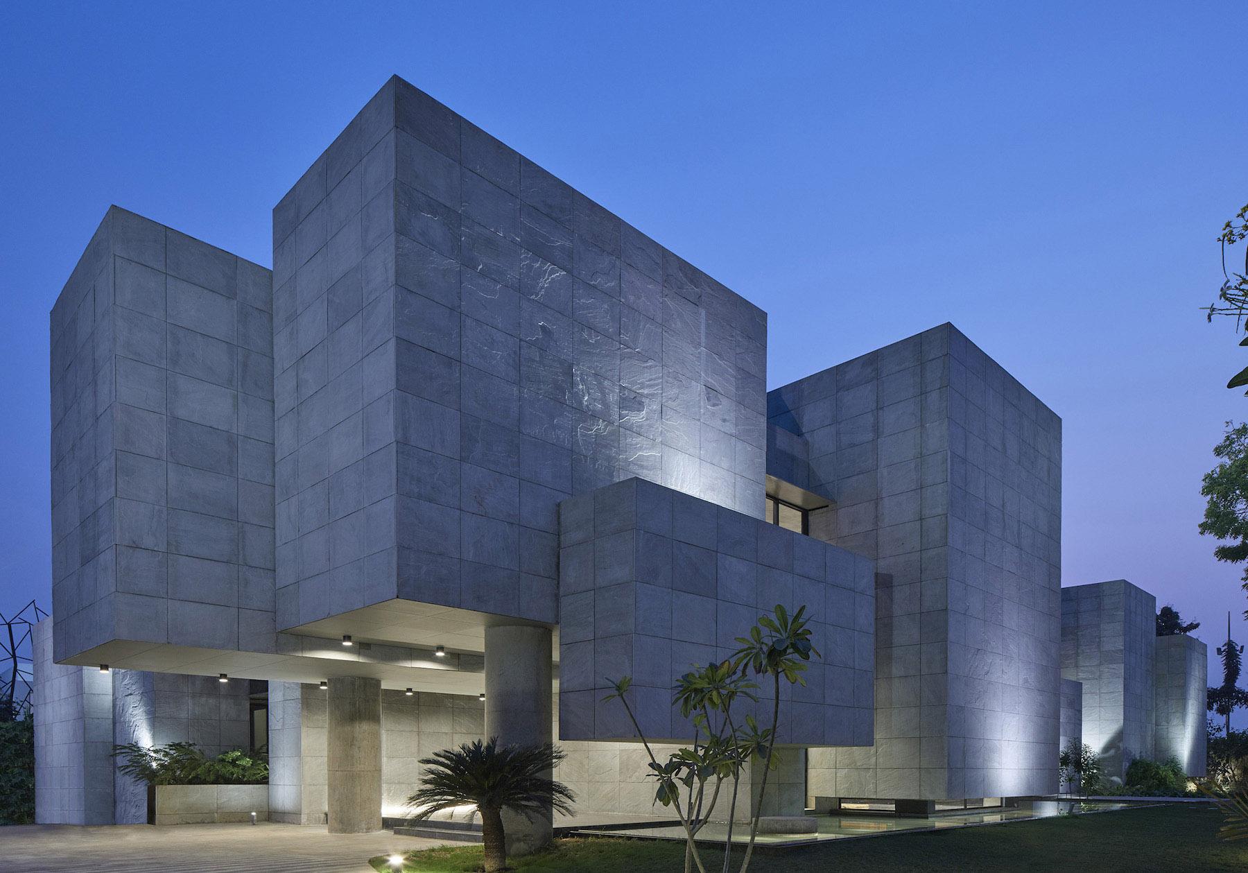 iGNANT-Architecture-Matharoo-Architects-Ahmedabad-House-04