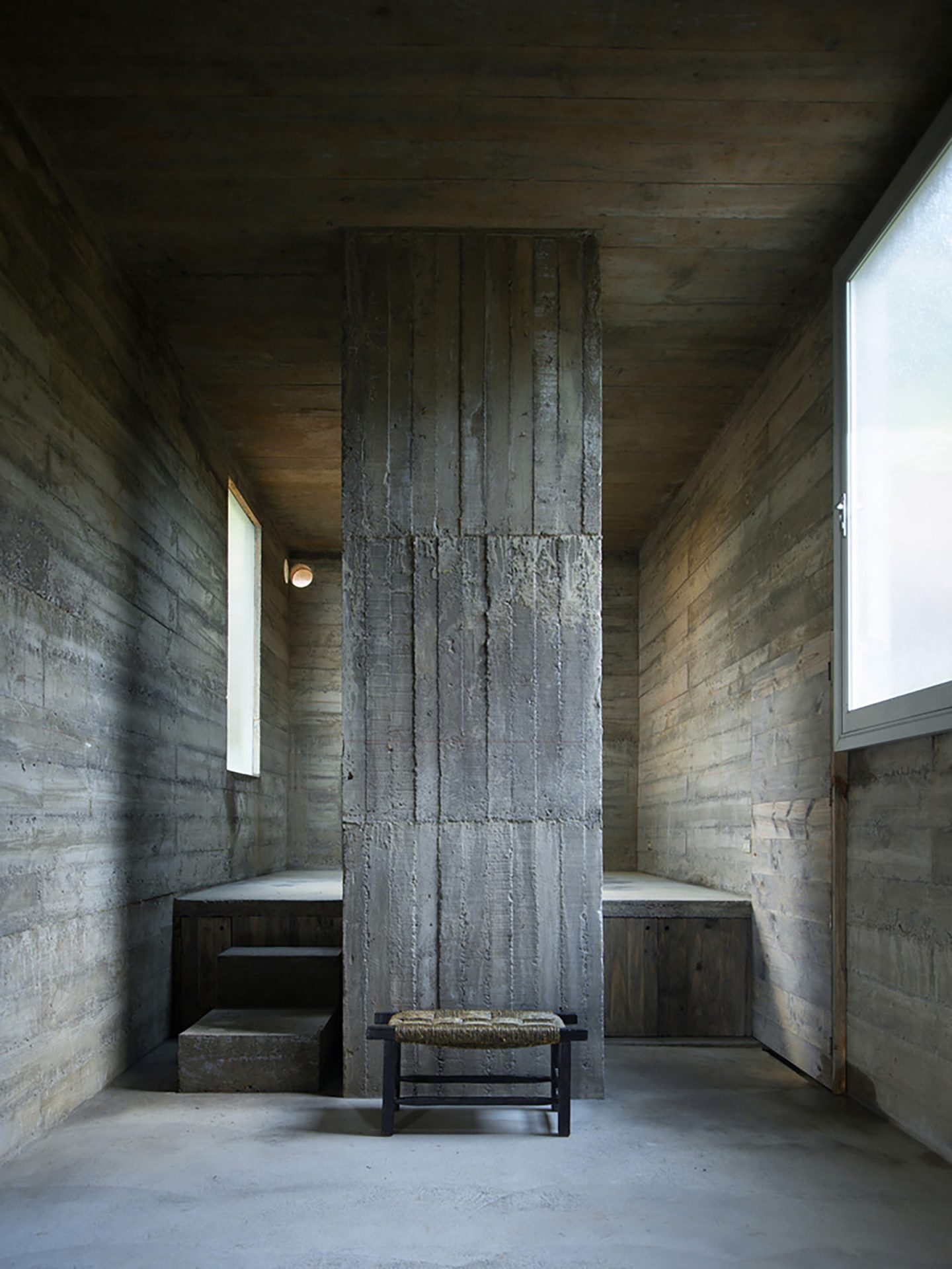 iGNANT-Architecture-Pezo-von-Ellrichshausen-Loba-House-014