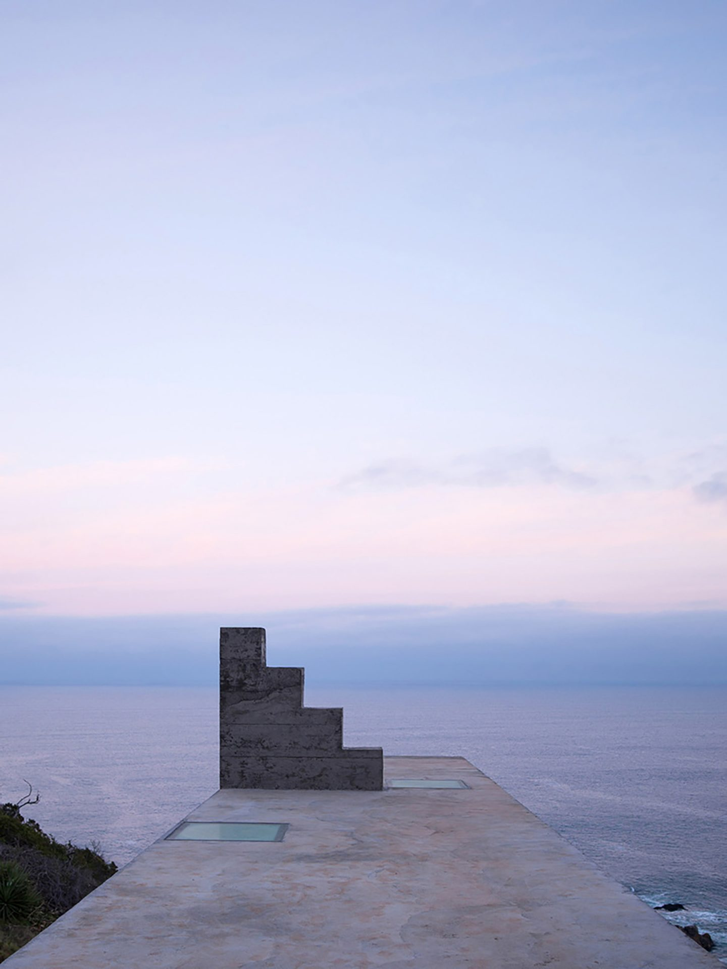 iGNANT-Architecture-Pezo-von-Ellrichshausen-Loba-House-015