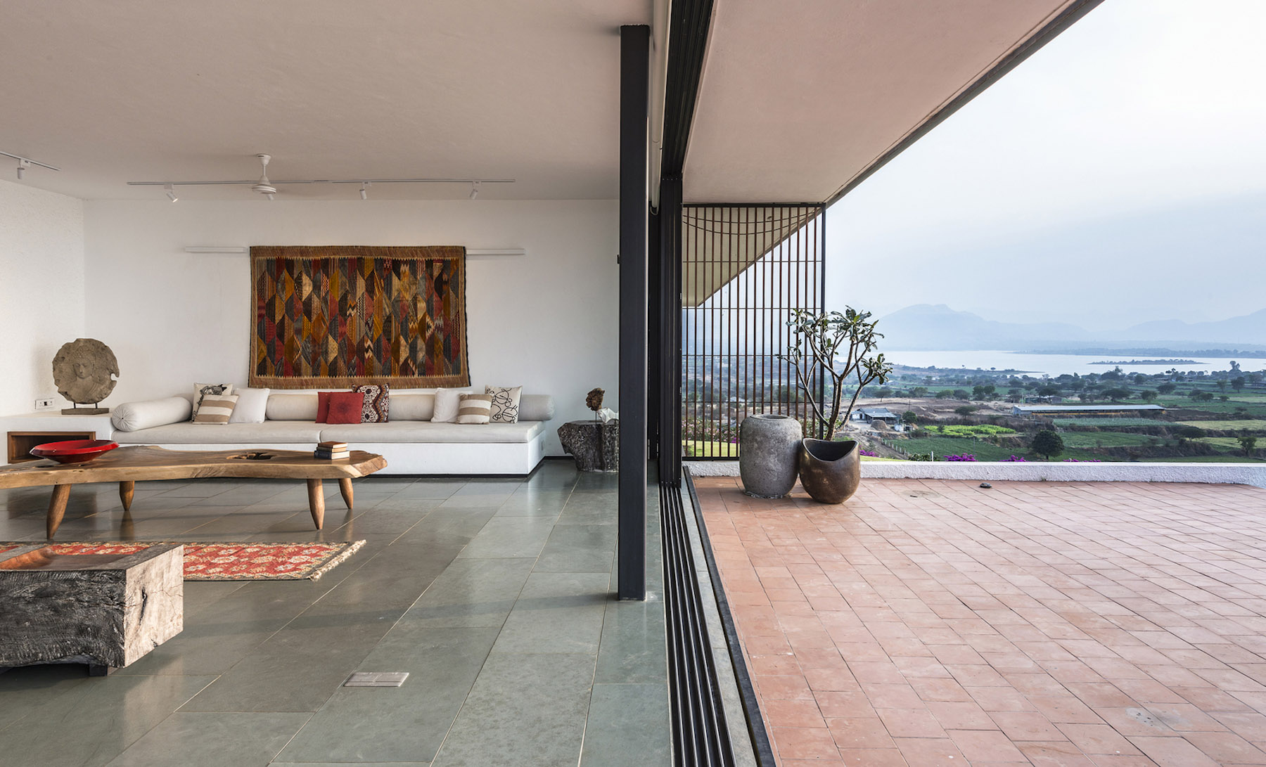 iGNANT-Architecture-Spasm-Design-The-Soaring-Rock-05