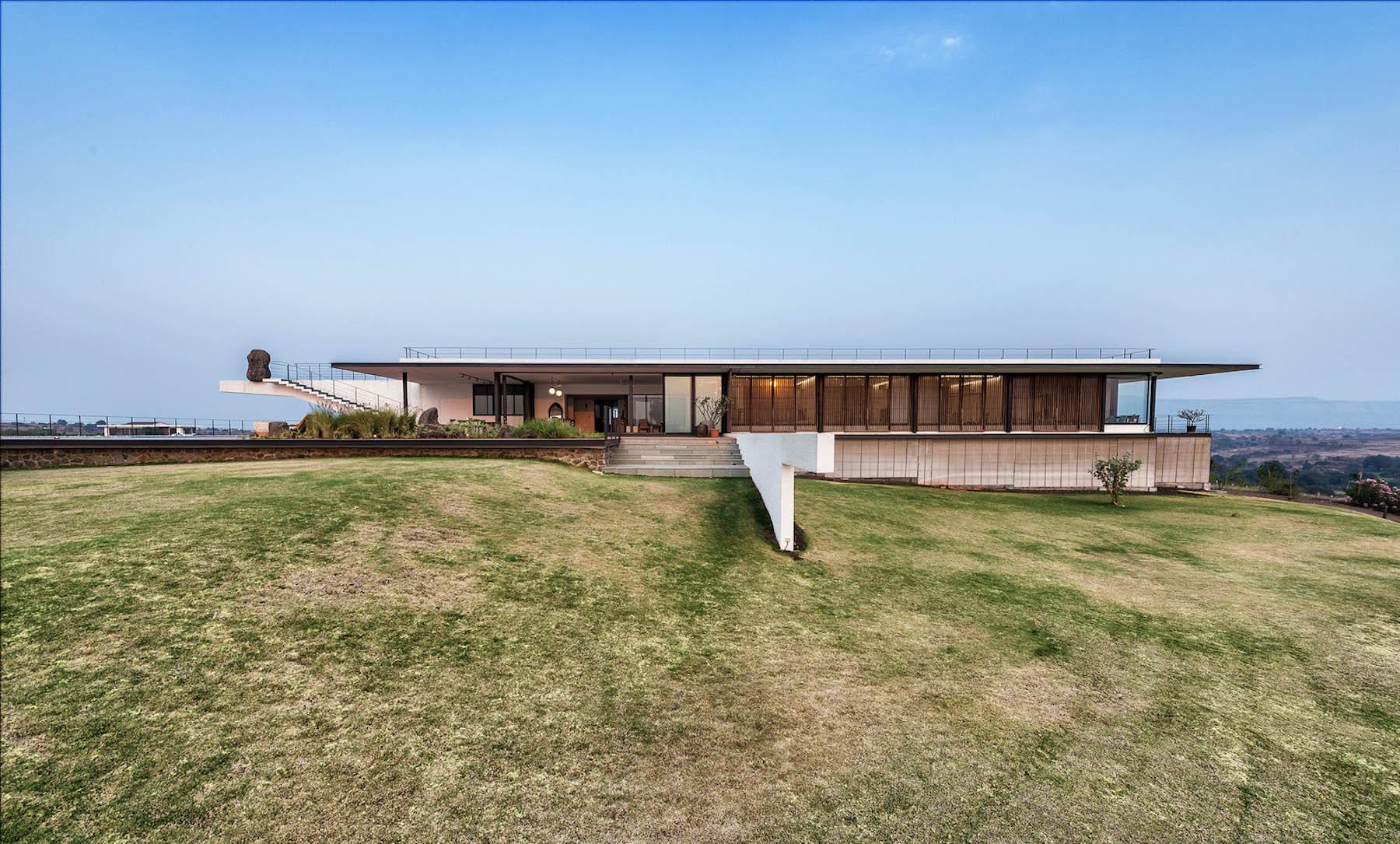 iGNANT-Architecture-Spasm-Design-The-Soaring-Rock-07