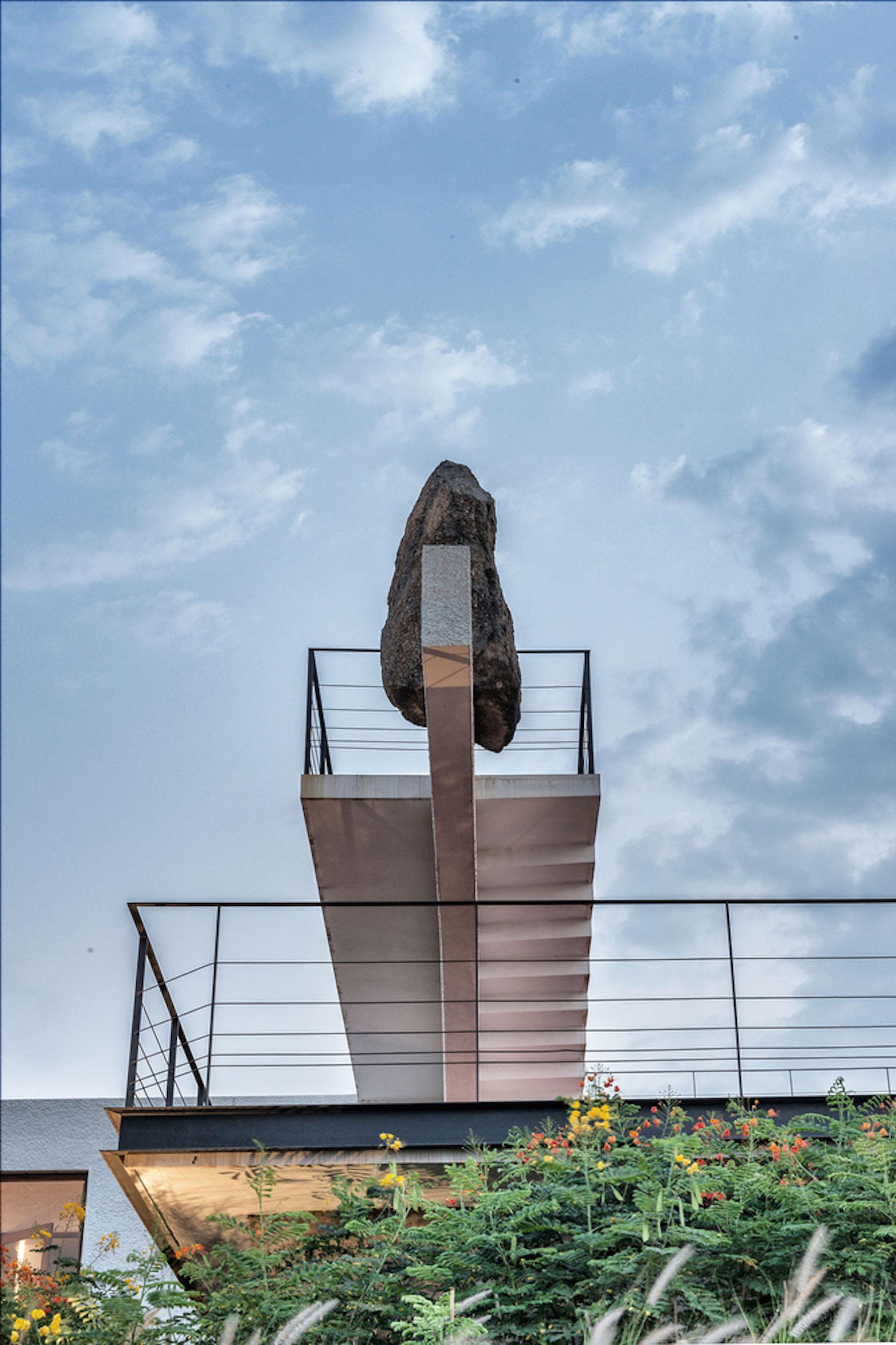 iGNANT-Architecture-Spasm-Design-The-Soaring-Rock-15