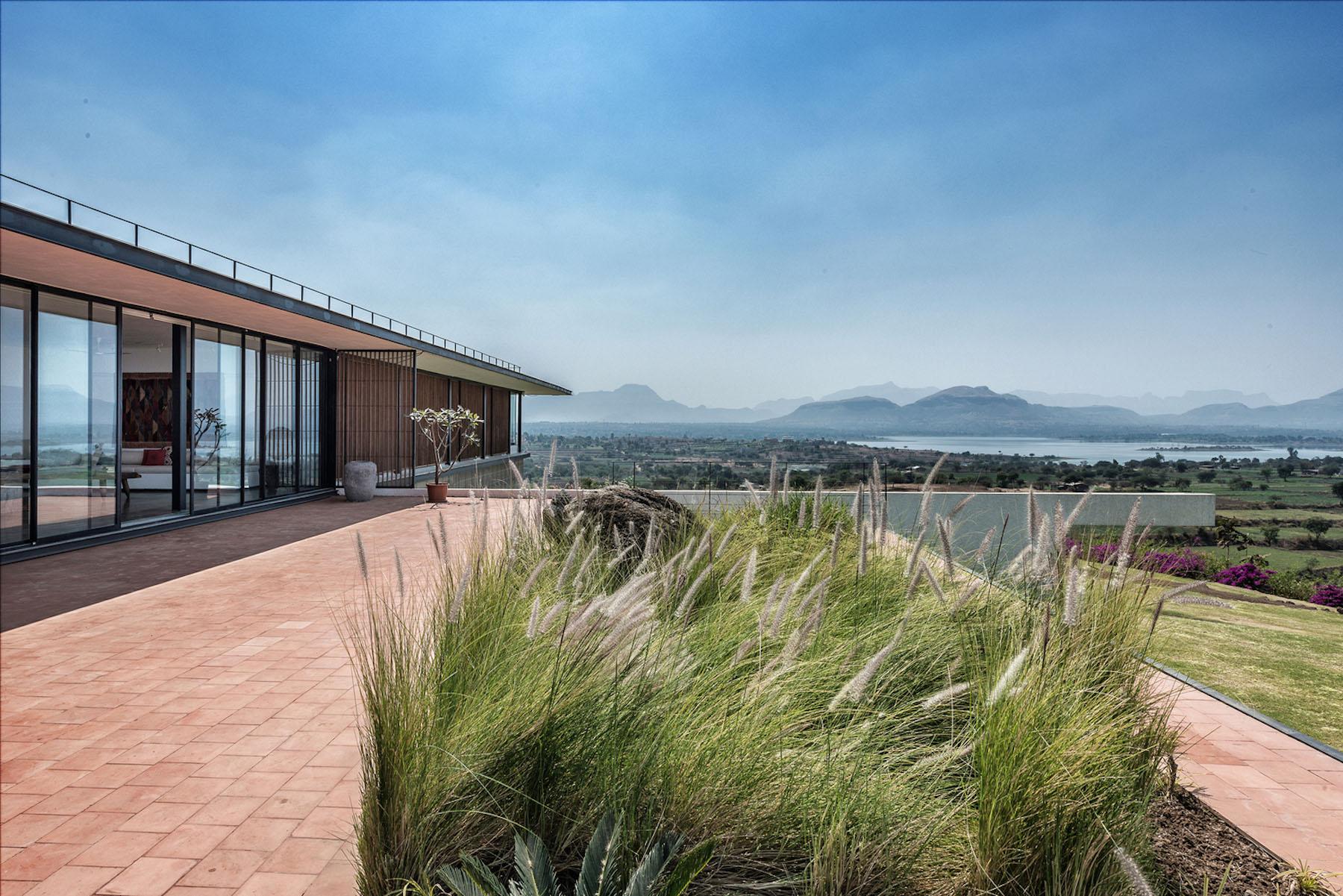 iGNANT-Architecture-Spasm-Design-The-Soaring-Rock-20
