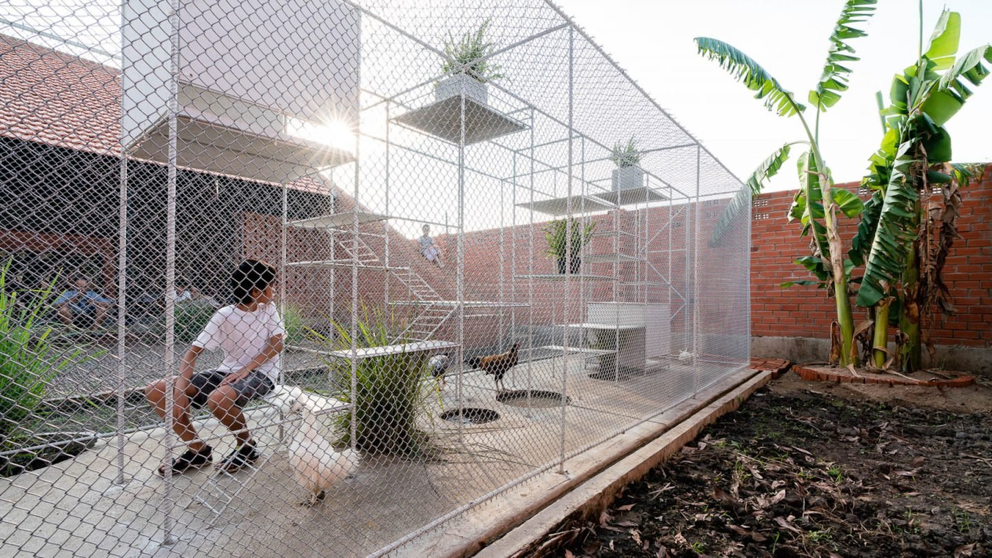 iGNANT-Architecture-Tropical-Space-Chicken-House-52