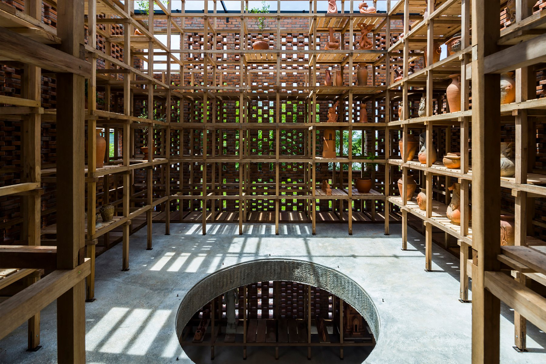 iGNANT-Architecture-Tropical-Space-Terracotta-Studio-003