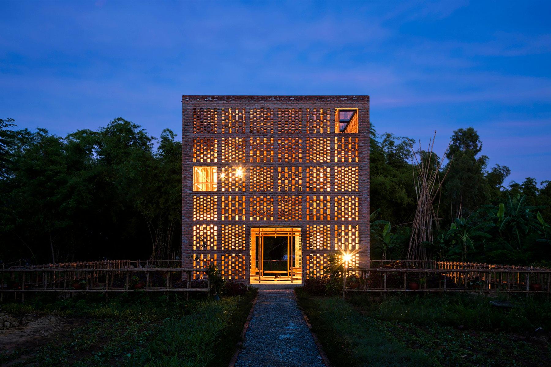 iGNANT-Architecture-Tropical-Space-Terracotta-Studio-028
