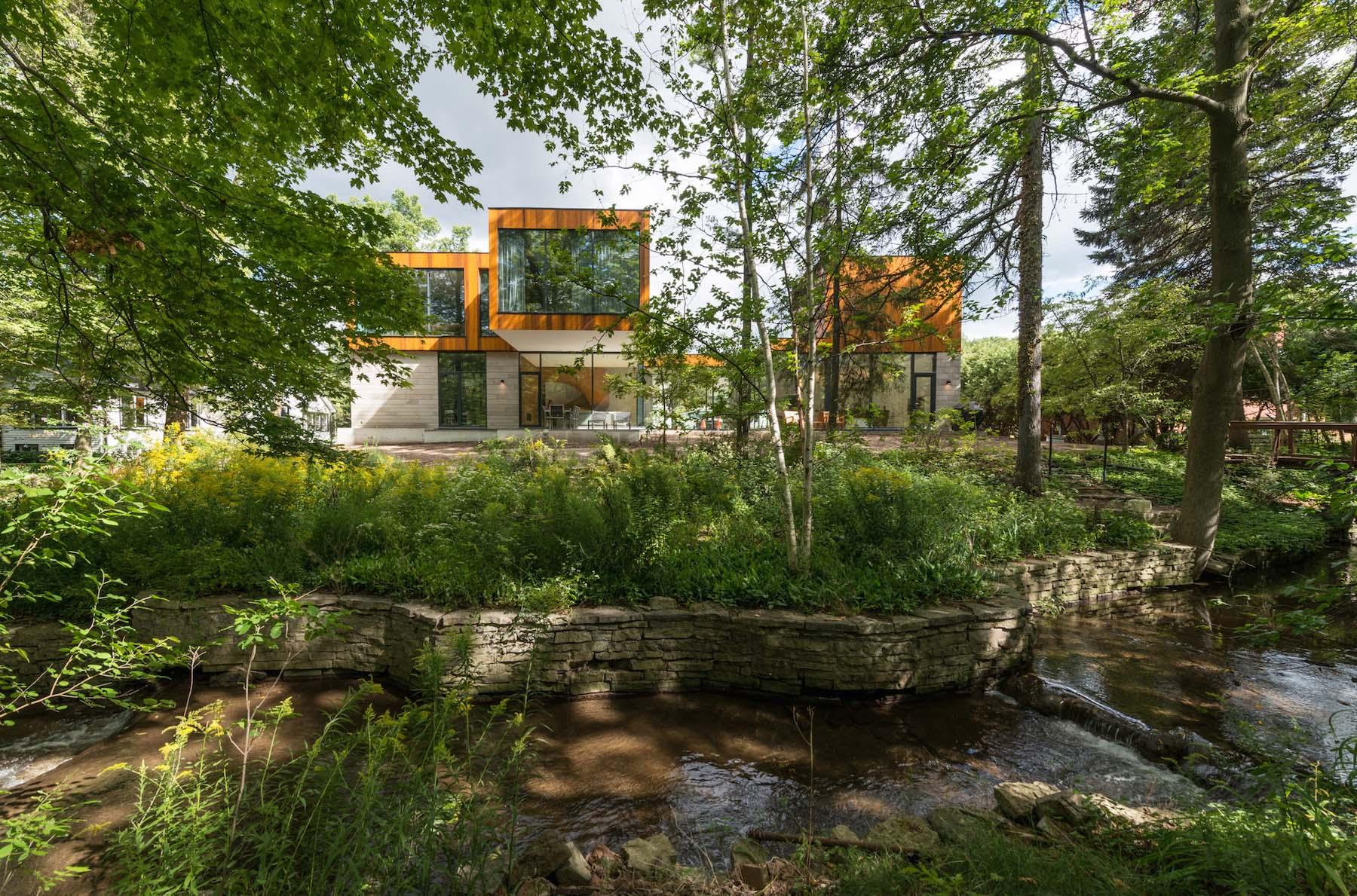 iGNANT-Architecture-Williamson-Williamson-The-House-On-Ancaster-Creek-09