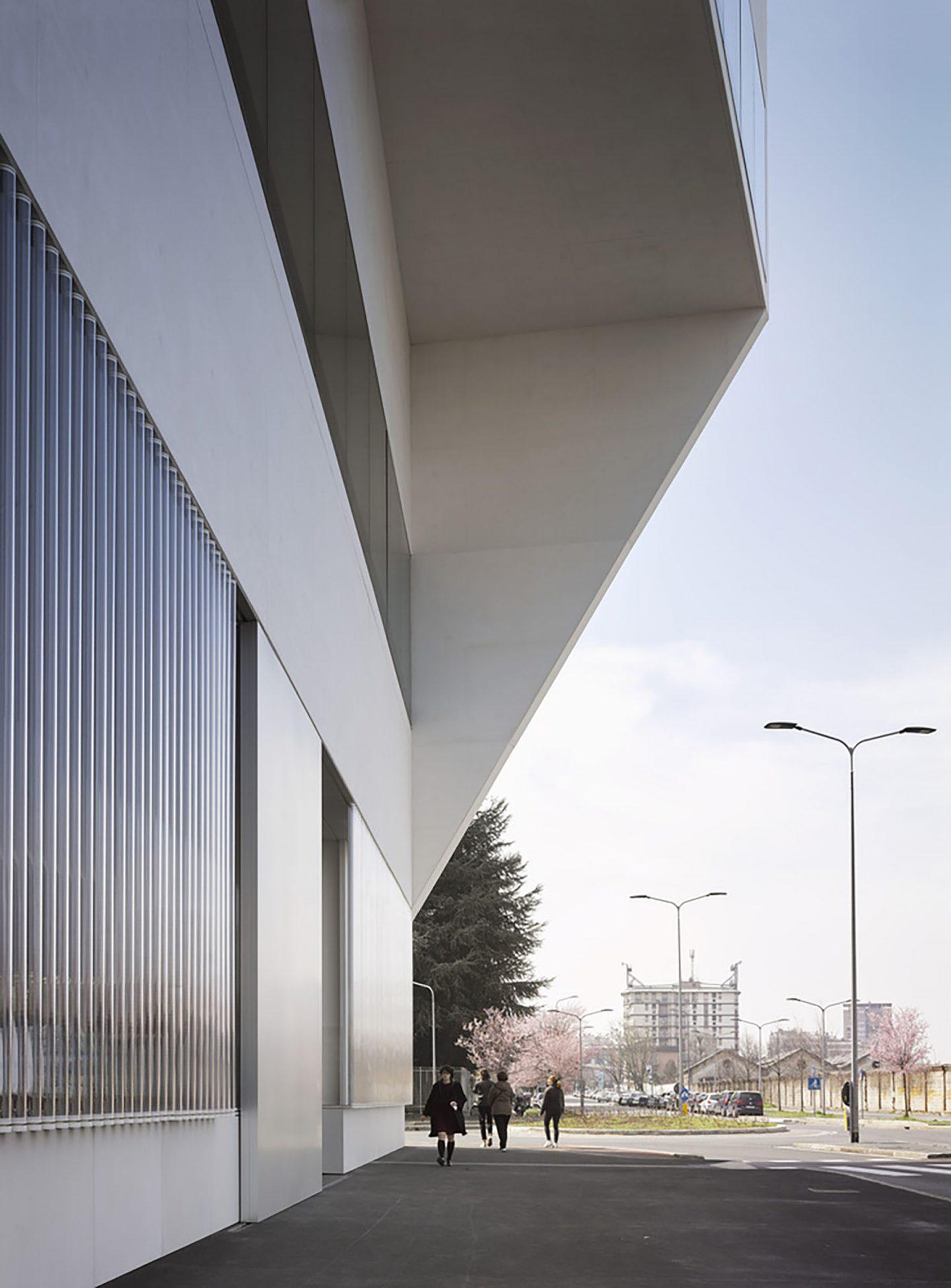 iGNANT-Design-OMA-Fondazione-Prada-Torre-011