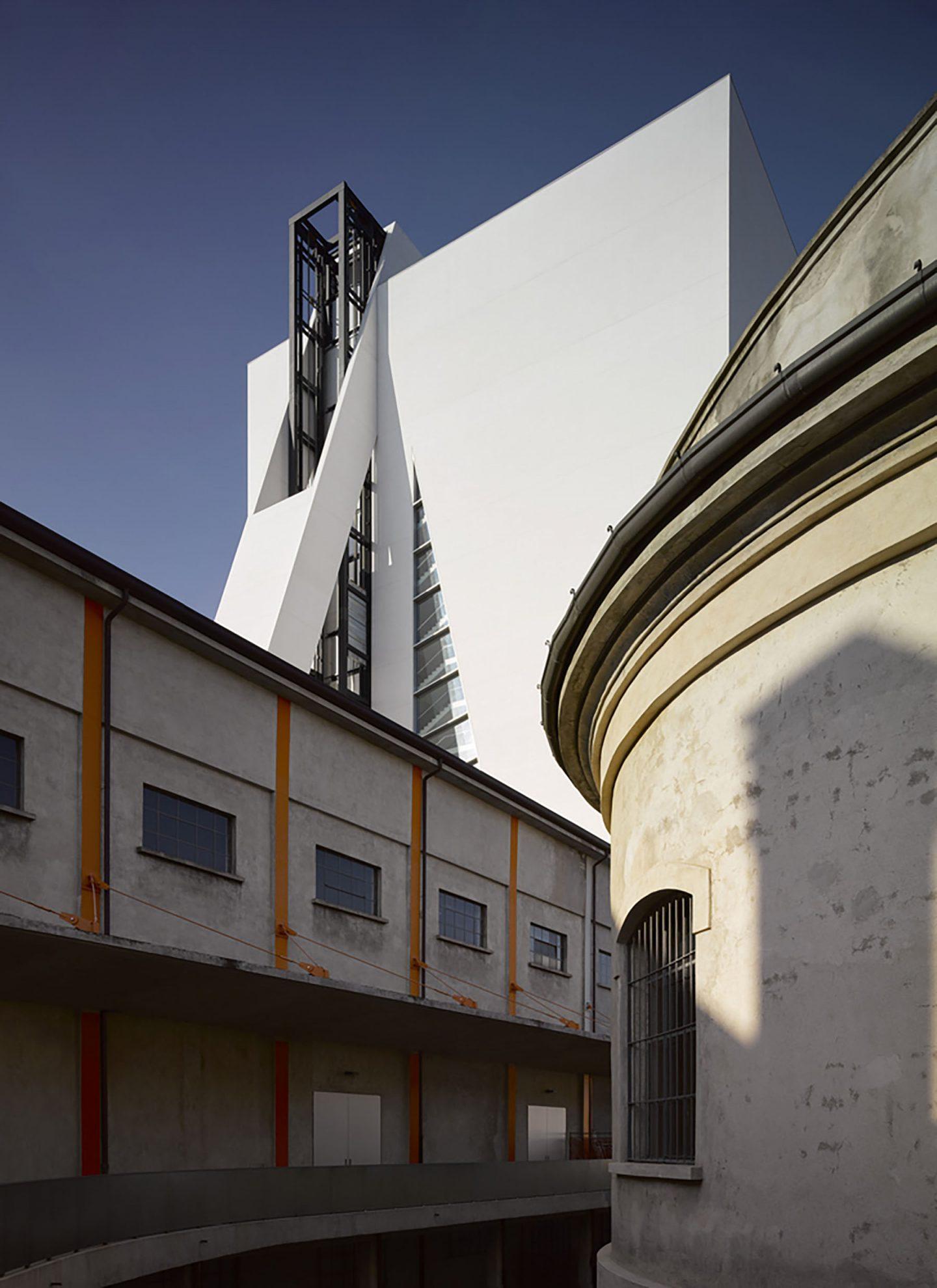 iGNANT-Design-OMA-Fondazione-Prada-Torre-012